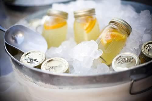 Ideas para reciclar tarros de cristal: vasos para bebidas