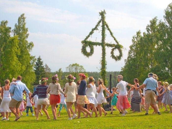 Celebración del Solsticio de Verano en Akesberga Suecia