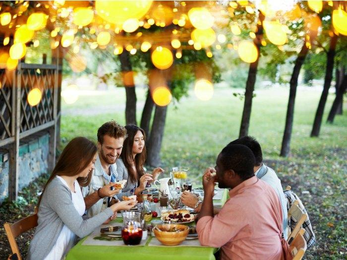10 razones por las que invitar a los amigos a cenar a casa - Menu cena amigos en casa ...
