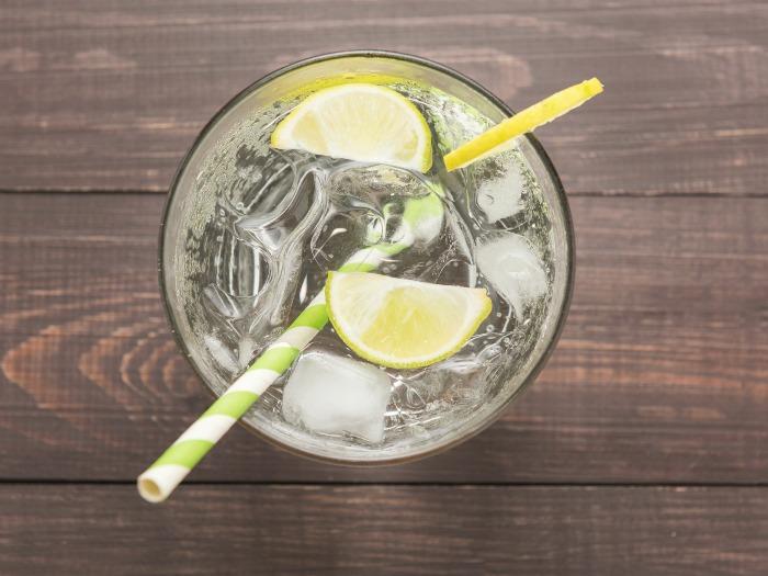10 trucos para beber más agua