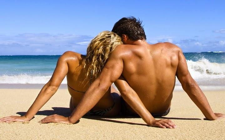 virgo-pareja-playa