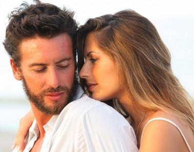 amor-pareja-playa28129