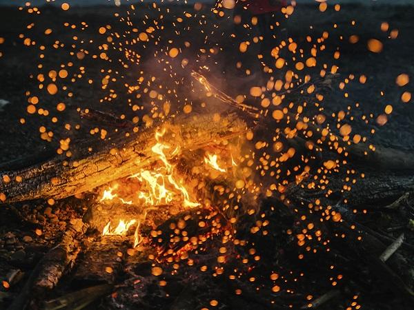 Hoguera fuegos