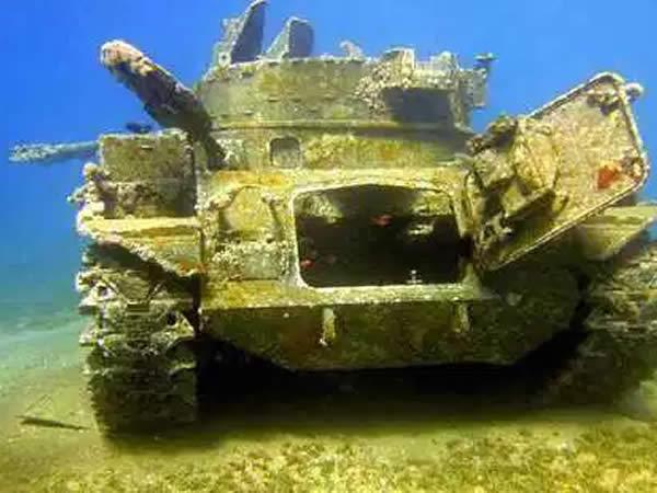 Tanque bajo el mar