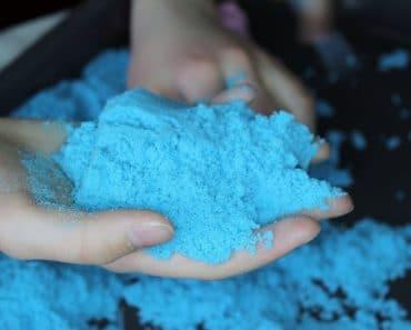 Cómo hacer arena mágica casera con harina