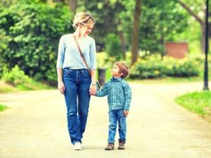 Por qué no debemos dejar llorar a la los bebés