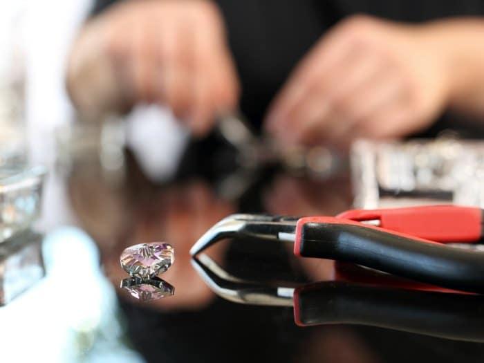 Decorar el pubis con cristales de Swarovski