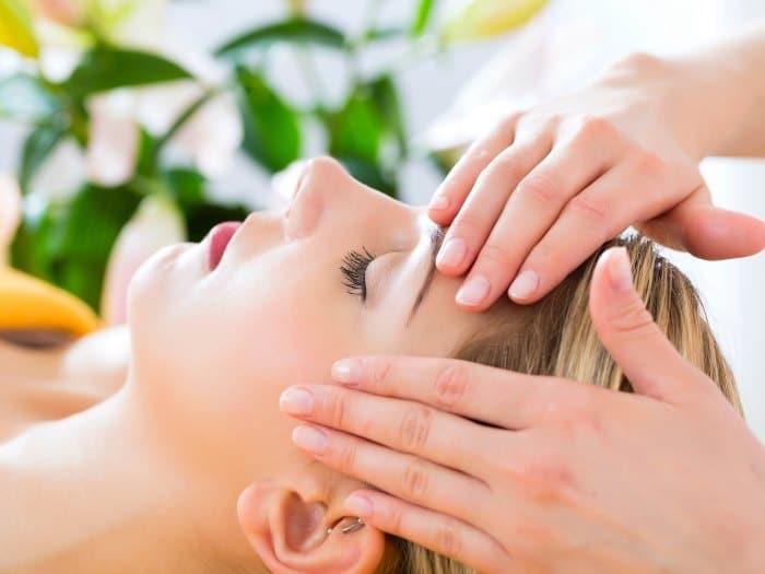 Masaje facial y relajación