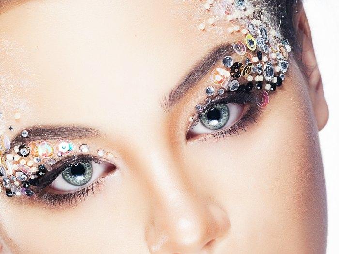 Maquillaje aplicaciones ojos