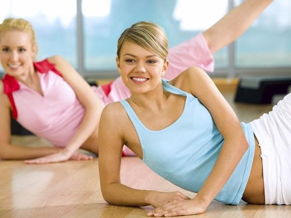 ejercicio de suelo lateral para glúteos