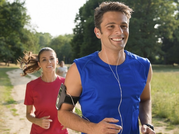 hombre-mujer-deporte-running