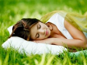 Dormir bien: 7 sencillos y prácticos hábitos para conseguirlo