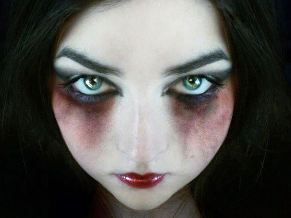 maquillajes de vampiro para mujer