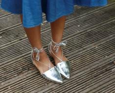 combinar-zapatos-plata
