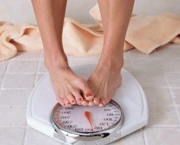 ¿Cuánto azúcar puedes comer cada día para poder perder peso?