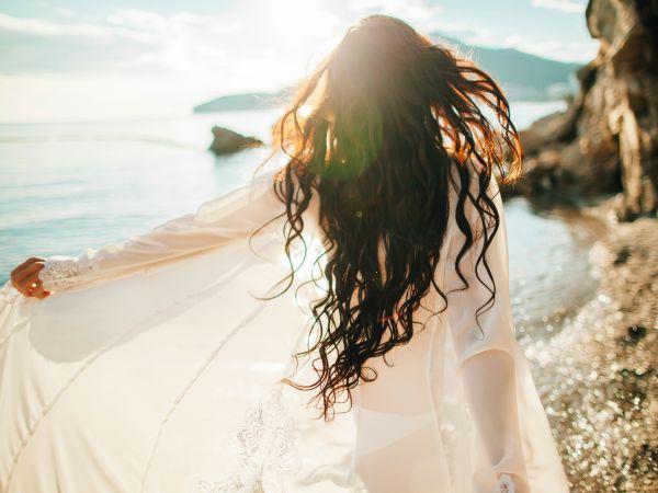 Consejos para recuperar tu cabello después de los estragos del verano