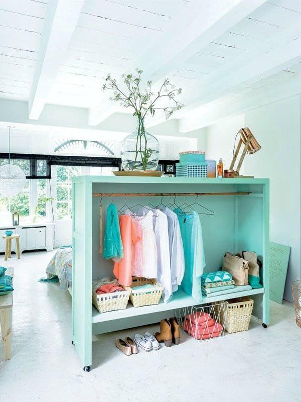 10 ideas de armarios para gente con poco espacio en casa