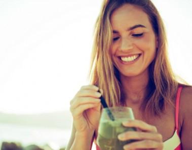 Cómete la belleza… ¡a bocados! 9 Alimentos que te harán más guapa