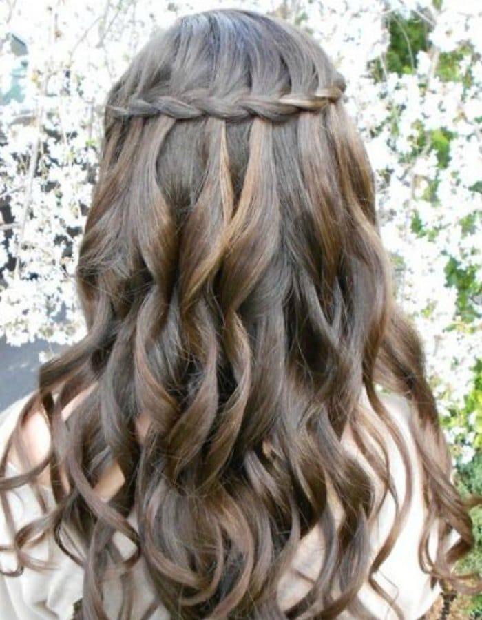 Peinados de primera comunion cabello suelto