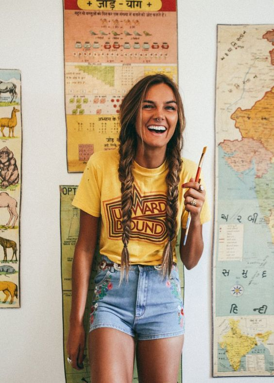 11 ideas para vestir shorts y camiseta y no aburrirte