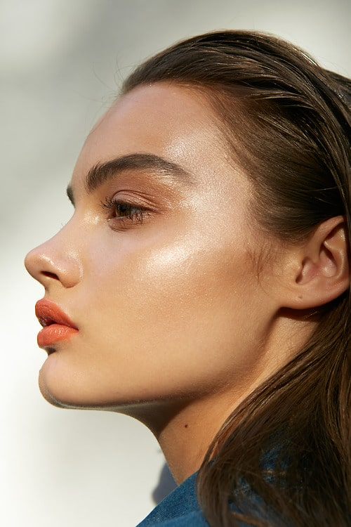 los tonos de maquillaje que más te favorecen según tu color de pelo