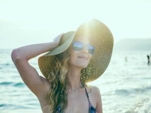 8 soluciones para tener un pelo cuidado este verano