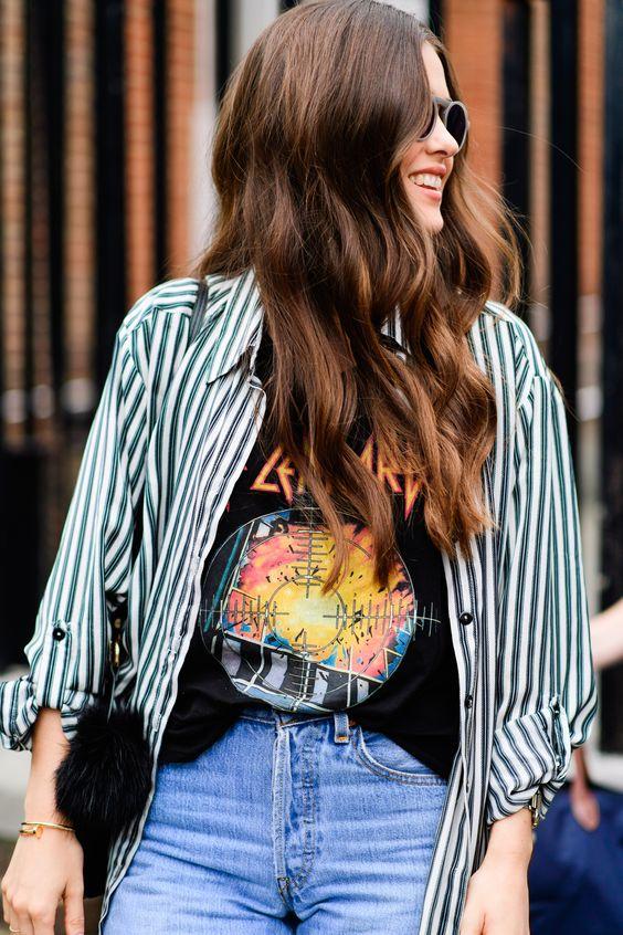 Más de 30 ideas para combinar una camisa a rayas