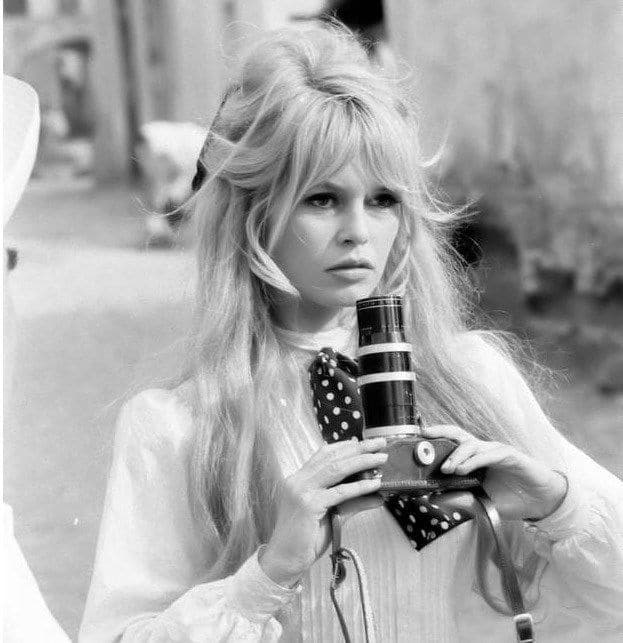 brigitte-bardot-curtain-bangs