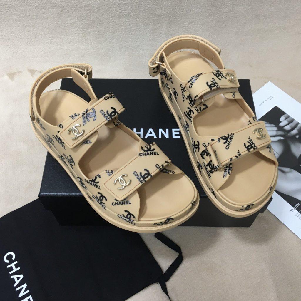 Dad-sandals-Chanel