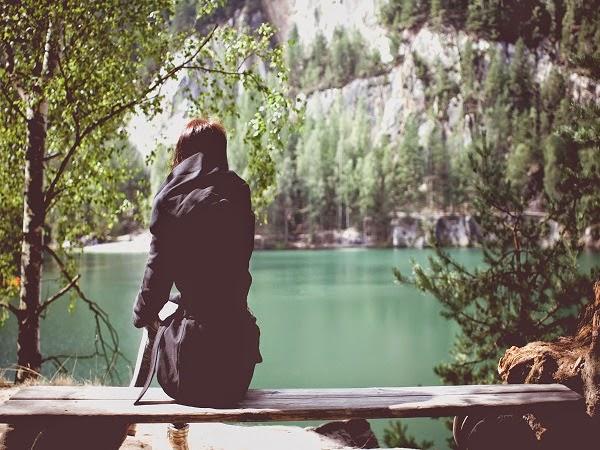 sentirse solo estando acompañado