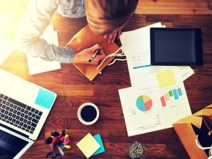 Hábitos nerviosos que te impiden llegar al éxito laboral (y personal)