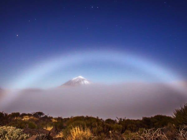 Fenómenos de la naturaleza: arcoíris lunar
