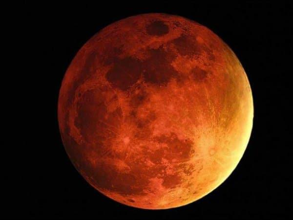 Fenómenos de la naturaleza: eclipse lunar
