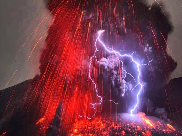 Relámpagos volcánicos, naturaleza