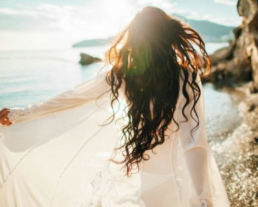 8 Consejos para recuperar tu cabello después de los estragos del verano
