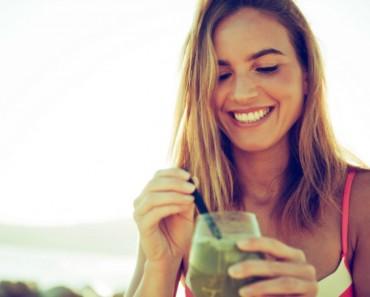 Cómete la belleza... ¡a bocados! 9 Alimentos que te harán más guapa