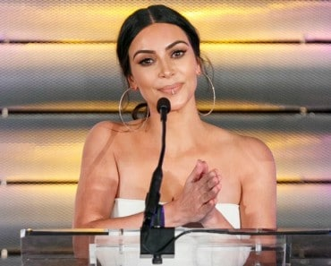 Alerta tendencia: Hazte un piercing de mentira como Kim Kardashian