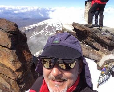 Sierra Nevada, travesía con esquíes por el Mulhacen y la Alpujarra