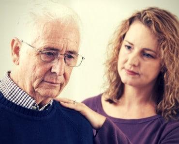 Alzheimer: Síntomas de estrés y burnout en cuidadores