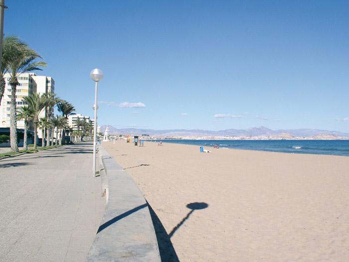Playa Urbanova Alicante Costa Blanca