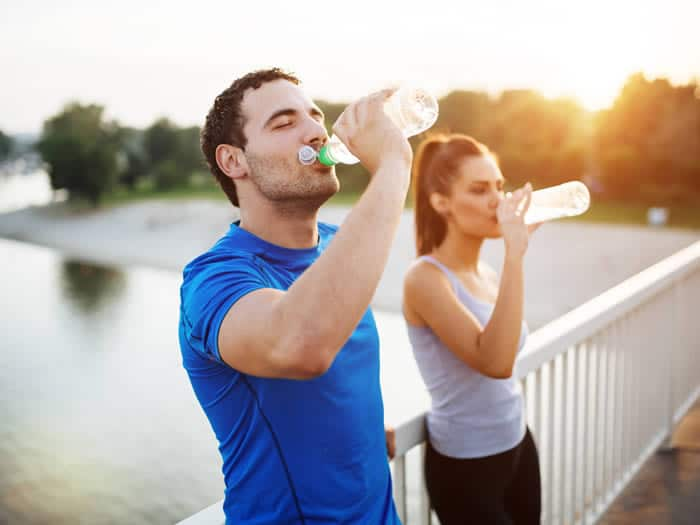 Acelerar metabolismo: beber agua