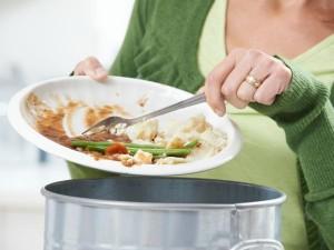 Consejos para no tirar comida y ahorrar