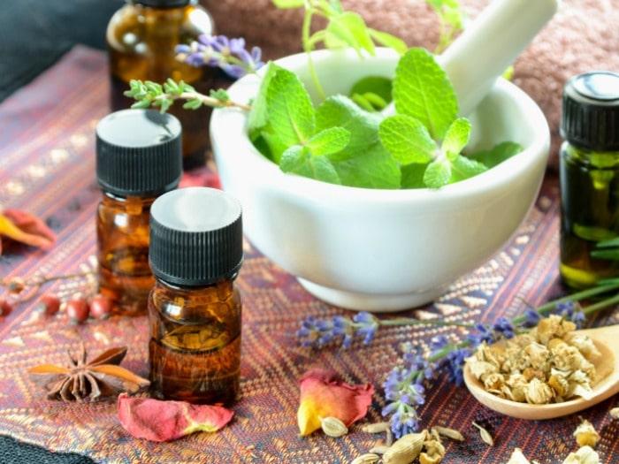 7 aceites esenciales curativos y sus propiedades trucos for Aceites esenciales usos