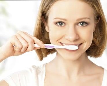 Remedios caseros para eliminar la placa dental o sarro