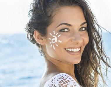 Las 15 mejores cremas solares naturales para proteger tu piel