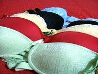 Llevar sujetador no aumenta el riesgo de cáncer de mama en mujeres posmenopáusicas
