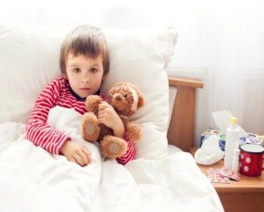 como-mantenerte-saludable-cuando-tu-hijo-esta-enfermo1