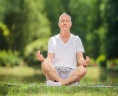 beneficios-yoga-cancer-prostata1