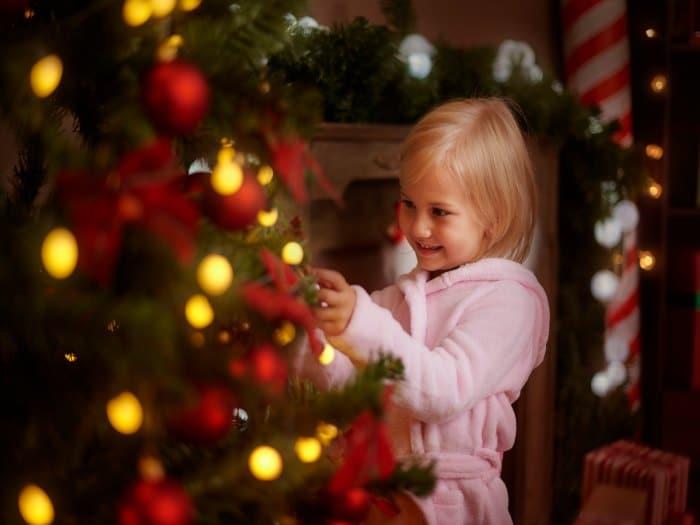 Cuidado con las luces del arbol de navidad