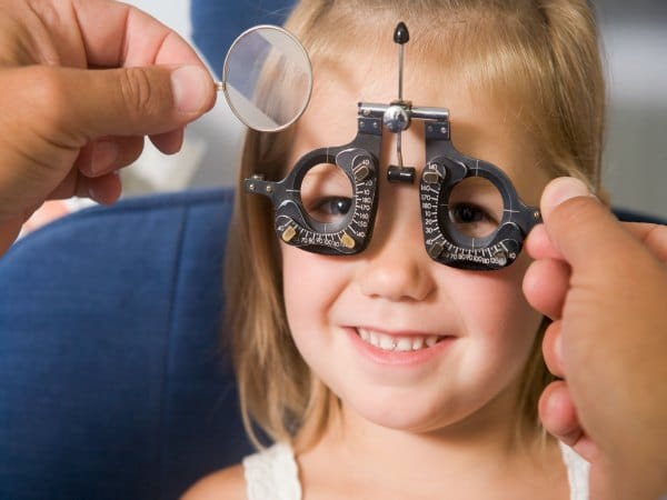 ¿Sabes por qué cada vez hay más niños miopes?